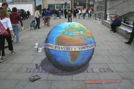 Make Poverty History by Julian Beever